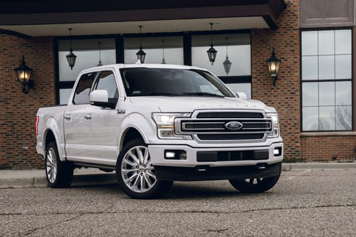 1. Ford F-Series (doanh số: 70.134 chiếc).