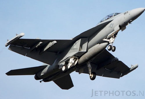 Tiêm kích EA-18G Australia nổ tung, Mỹ từ chối bồi thường?