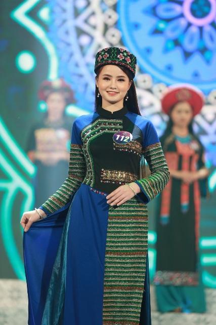 Người đẹp xứ Mường thứ 3 được trao cho thí sinh Bùi Thị Sao Mai
