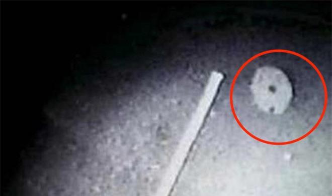 Cựu phi hành gia NASA hé lộ bằng chứng bí ẩn về UFO - Ảnh 3.