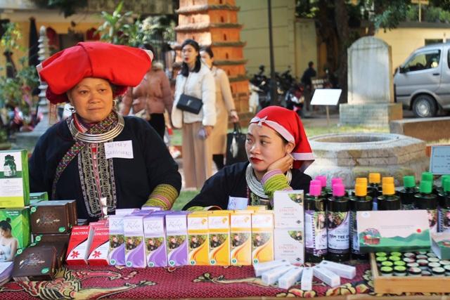 Từ Bản làng đến thị trường: Nâng quyền cho phụ nữ dân tộc thiểu số