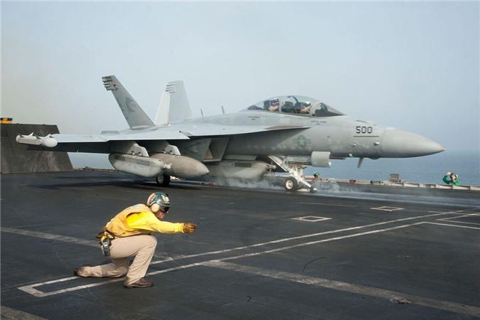 Tiem kich EA-18G Australia no tung, My tu choi boi thuong?-Hinh-3