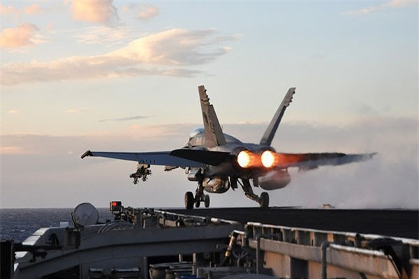 Tiem kich EA-18G Australia no tung, My tu choi boi thuong?-Hinh-4