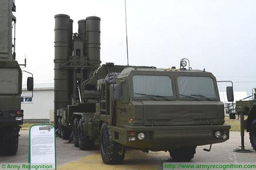 Để đối phó với những diễn biến khó lường của khu vực, một Trung đoàn hệ thống S-300PM2 vừa hoàn thành nâng cấp đã được điều đến Kaliningrad.