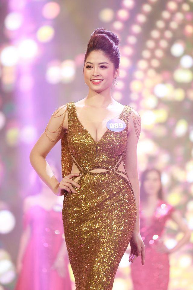 Cô gái đến từ thành phố Hòa Bình - Nguyễn Hàm Hương đăng quang Người đẹp xứ Mường 2019.