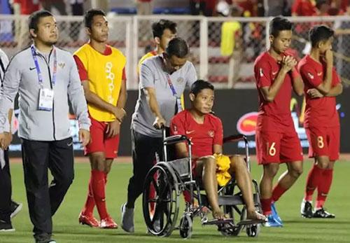 """Evan Dimas: """"Va chạm trong bóng đá là bình thường, tôi không giận Văn Hậu"""""""