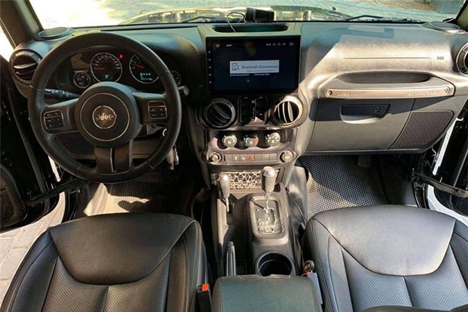 Can canh Jeep Wrangler Unlimited gan 2,9 ty tai Ha Noi-Hinh-4