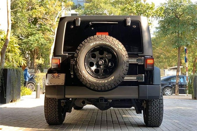 Can canh Jeep Wrangler Unlimited gan 2,9 ty tai Ha Noi-Hinh-7
