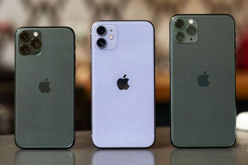 iPhone 11 Pro, iPhone 11 và iPhone 11 Pro Max (từ trái sang).