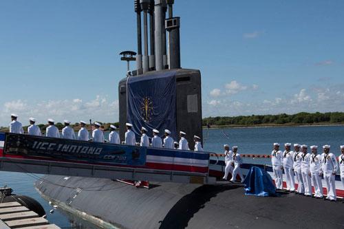 Đây là giá trị hợp đồng đóng mới tàu ngầm trị giá cao nhất trong lịch sử của Hải quân Mỹ. Sở dĩ giá thành của các tàu ngầm lớp Virginia đắt tới như vậy là do các tàu ngầm này đều được đóng theo phiên bản Block V - phiên bản cao cấp nhất của dòng tàu ngầm tấn công Virginia. Nguồn ảnh: BI.