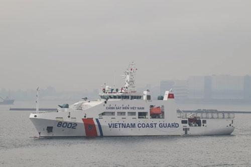 Tàu CSB-8002 của lực lượng cảnh sát biển Việt Nam vừa có chuyến thăm chính thức Nhật Bản, tàu 8002 của chúng ta đã cập cảng Yokosuka hôm 2/12 vừa rồi dưới sự chào đón nồng nhiệt của nước bạn. Nguồn ảnh: Vietdefence.