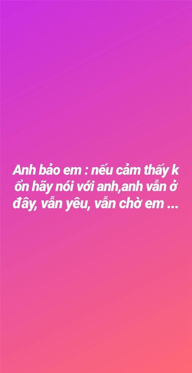 Suong nhu Ngoc Trinh, chia tay ban trai dai gia van nhan: