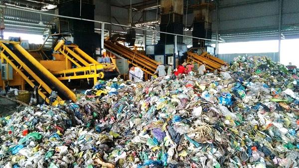 TP.HCM: Xử lý rác bằng công nghệ đốt phát điện