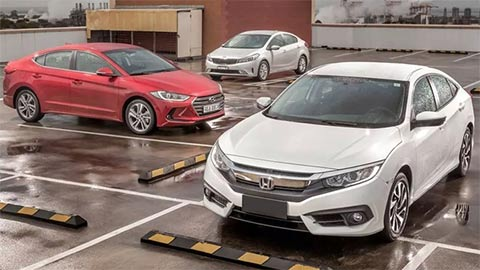 Kia Cerato, Toyota Corolla Altis, Honda Civic, Hyundai Elantra 2019 giảm giá mạnh - đua doanh số