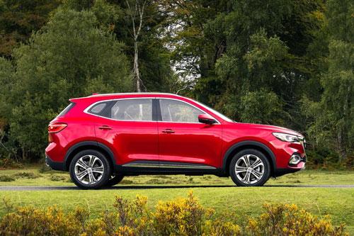 SUV động cơ tăng áp, giá hơn 700 triệu, cạnh tranh với Mazda CX-5, Hyundai Tucson