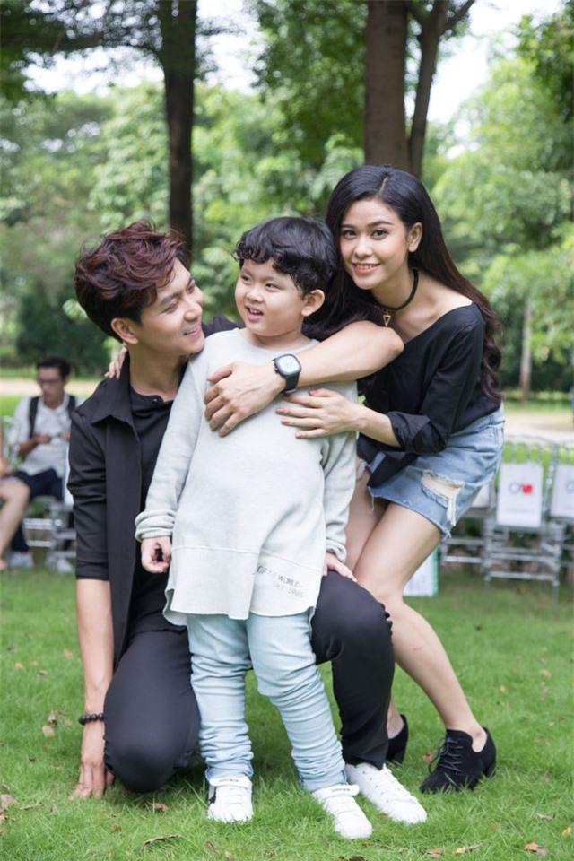 Con trai Tim - Trương Quỳnh Anh gây ngỡ ngàng với ngoại hình lớn khó tin, mới lên 8 đã cao ngang ngửa bố - Ảnh 3.