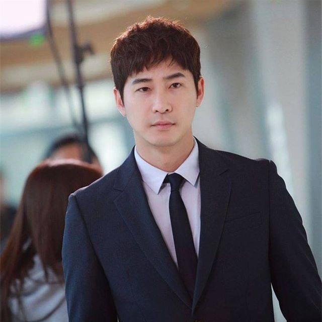 Công tố viên bất bình với mức án treo dành cho tài tử cưỡng dâm Kang Ji Hwan - 1