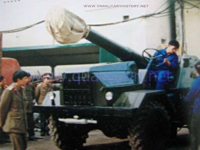Cuc doc: Viet Nam da gan duoc phao 152mm D-20 len xe tai tu… thoi bao cap?-Hinh-2