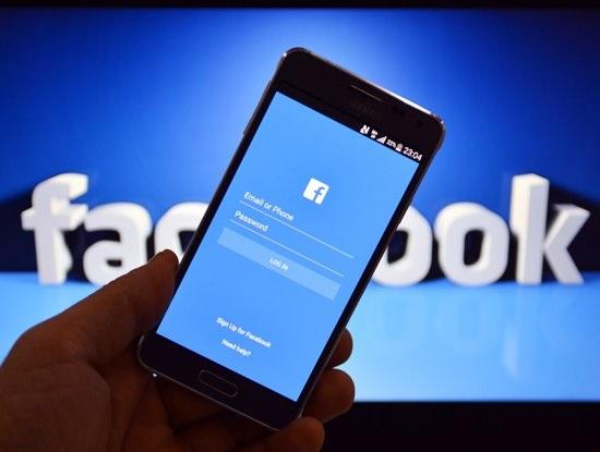 Cục Phát thanh truyền hình và Thông tin điện tử đề xuất ngăn chặn máy chủ của Facebook do thiện chí hợp tác kém.