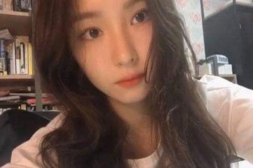 Shin Se Kyung được khen ngợi hết lời nhờ gương mặt xinh đẹp khi chỉ trang điểm nhẹ và chụp bằng camera thường