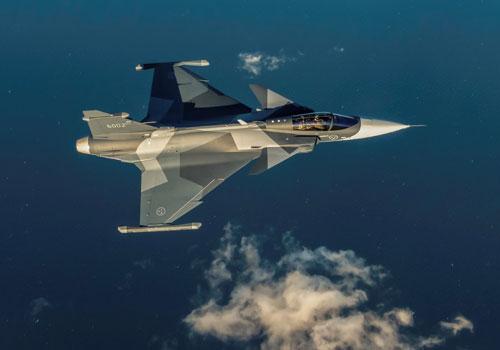 Mới đây, Thuỵ Điển đã cho nhập biên những chiến đấu cơ JAS 39E Gripen đầu tiên. Đây là phiên bản mới nhất của dòng chiến đấu cơ