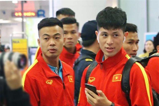 U23 Việt Nam tới Hàn Quốc, HLV Park Hang Seo gây sốt với giới truyền thông - 9