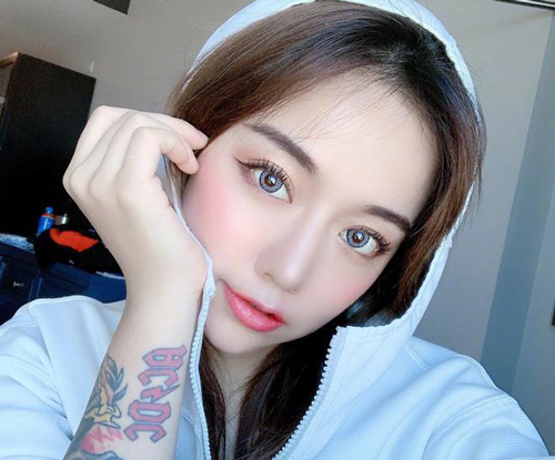 Câm nín trước nhan sắc thật hot girl Trung Quốc có 5,6 triệu follow