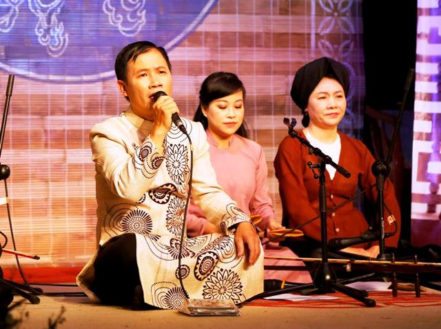 Buổi ra mắt Album - Trách ông Nguyệt Lão, nhạc sĩ Quang Long.