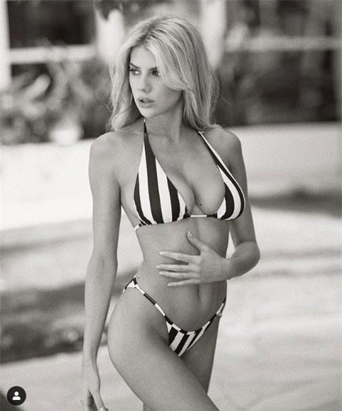 'Biểu tượng gợi cảm' nước Mỹ nảy nở gợi cảm với bikini - ảnh 6