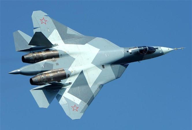 Den gio Nga van vong vo ve thoi gian hoan thien dong co tiem kich Su-57-Hinh-16