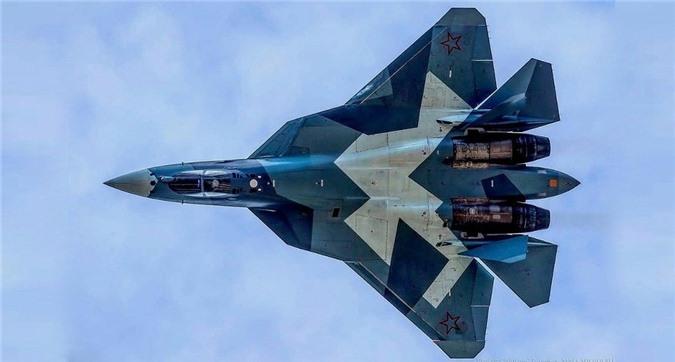 Den gio Nga van vong vo ve thoi gian hoan thien dong co tiem kich Su-57-Hinh-4