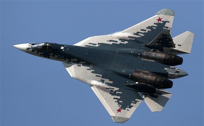 Den gio Nga van vong vo ve thoi gian hoan thien dong co tiem kich Su-57-Hinh-6
