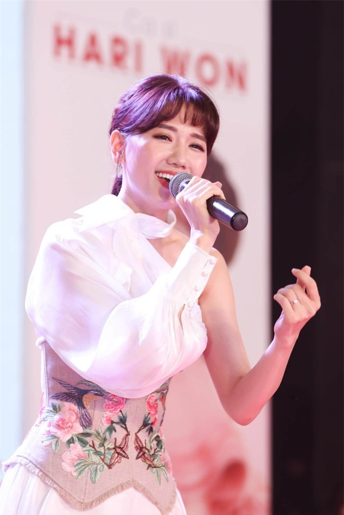Hari Won: Nữ hoàng tóc mái không có đối thủ của Vbiz