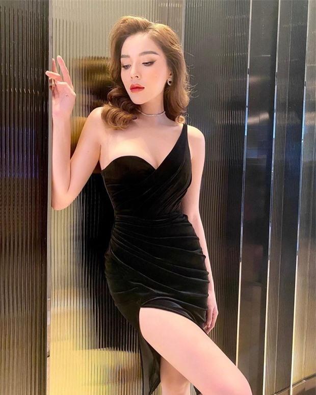 Hậu giảm cân, Hoa hậu Kỳ Duyên khoe khéo vòng eo thon gọn và phẳng lỳ đáng mơ ước