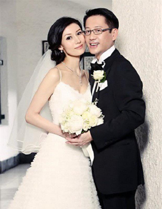 Hoa hậu đẹp nhất lịch sử Hong Kong: Bỏ tài tử nổi tiếng, lao vào các cuộc tình vật chất với đại gia - Ảnh 5.
