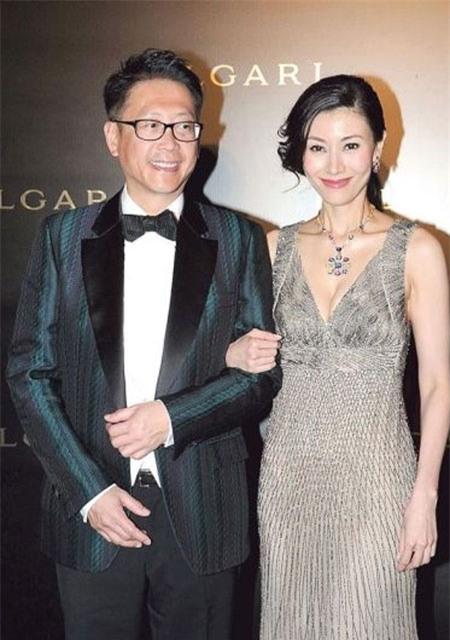 Hoa hậu đẹp nhất lịch sử Hong Kong: Bỏ tài tử nổi tiếng, lao vào các cuộc tình vật chất với đại gia - Ảnh 6.