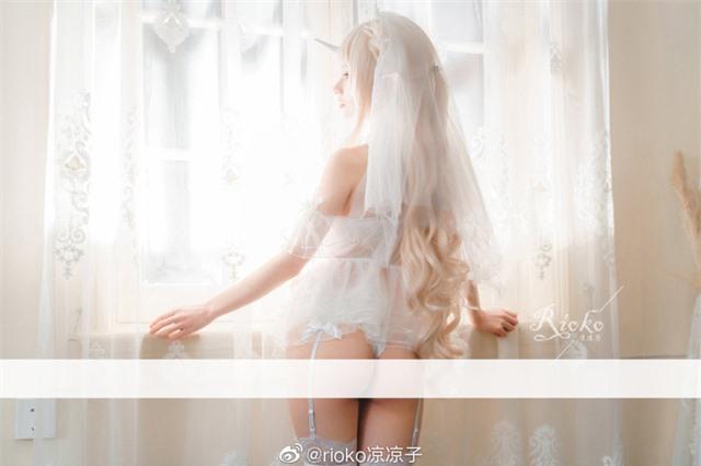 Ngẩn ngơ trước nhan sắc hoa nhường nguyệt thẹn của nàng yêu tinh trắng từ trong ra ngoài - Ảnh 13.