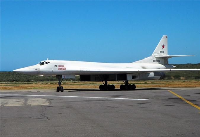 Sieu oanh tac co Tu-160M se la vu khi ran de cua Nga khien My kinh so-Hinh-8