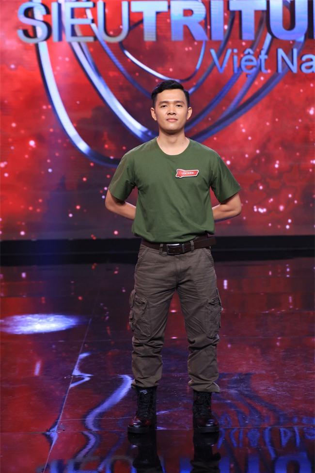 """""""Siêu trí tuệ"""": Anh trai Khánh Thi khiến Trấn Thành """"gục ngã"""" với khả năng nghe giai điệu đoán trúng phóc giới tính người chơi - Ảnh 8."""