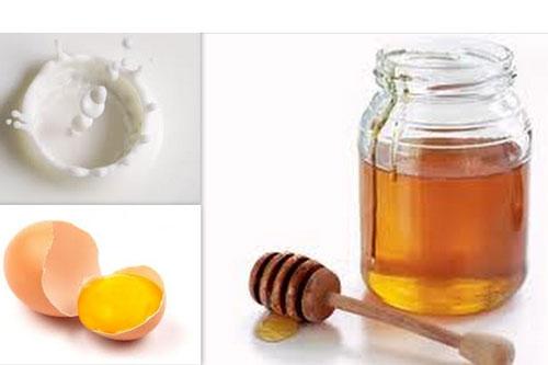 Mặt nạ lòng đỏ trứng, mật ong và sữa