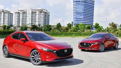 Mazda 3 'đè bẹp' Kia Cerato 2019 giá rẻ, Honda Civic đội sổ bán chậm phân khúc hạng C