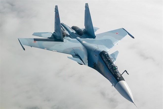 Nga tuyen bo tiem kich the he 4,5 Su-30 thua suc