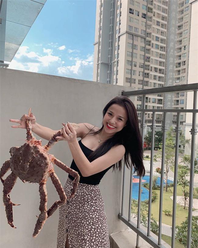 """Tưởng """"khờ khờ"""" nhưng hóa ra trước Yến Xuân, thủ thành Lâm Tây còn có bạn gái cũ là nữ ca sĩ 9X xinh như mộng - Ảnh 10."""