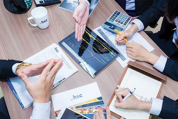 Điều kiện chào bán thêm cổ phiếu ra công chúng của công ty đại chúng