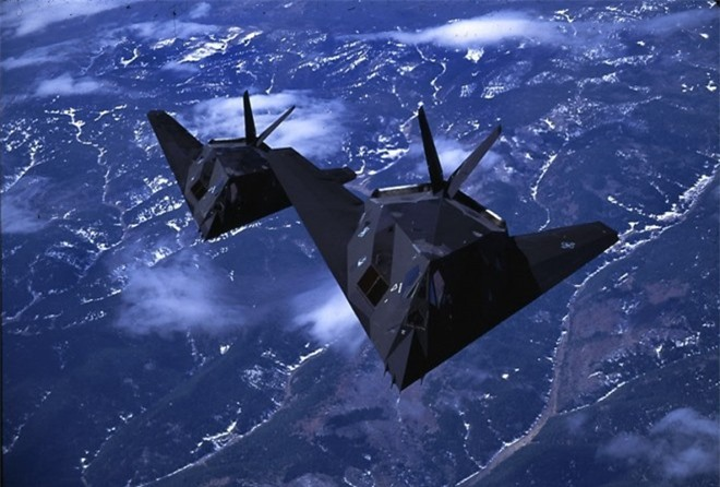 Khong ngo may bay nem bom F-117A Nighthawk cua My lai thuc chien kem the nay!-Hinh-11