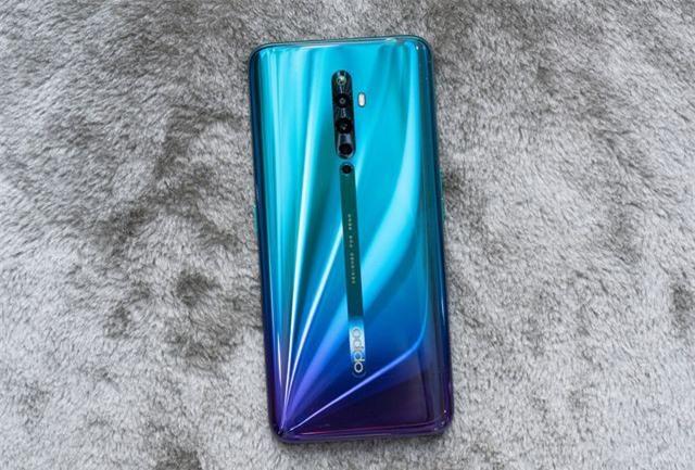 Những mẫu smartphone cận cao cấp đáng chú ý năm 2019 - Ảnh 5.