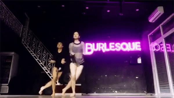 Để ý mới thấy, cả Chi Pu, Diệp Lâm Anh lẫn Min đều sở hữu được body quyến rũ nhờ chăm... tập nhảy - Ảnh 3.