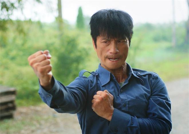 Drama căng cực: Dustin Nguyễn bị cắt vai khỏi dự án bom tấn của đạo diễn Hai Phượng không lý do, nam diễn viên và đạo diễn nói gì? - Ảnh 4.