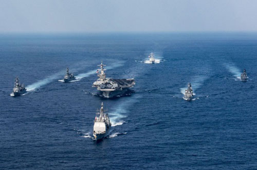 Hải quân Mỹ hiện vẫn dẫn đầu thế giới, là lực lượng hải quân có sức mạnh lớn nhất hành tinh. Hiện tại, Hải quân Mỹ đang có 323.000 quân nhân cùng 109.000 nhân viên dân sự phục vụ. Nguồn ảnh: Pinterest.