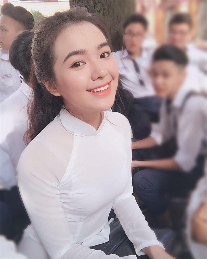 Dan hot girl 10x so huu than hinh chu S goi cam, vong 1 no nang-Hinh-8
